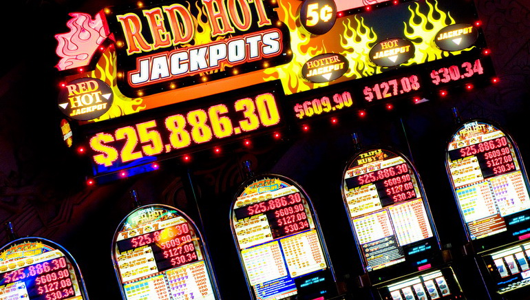 Casino Tournaments Add New Dimension to Slots